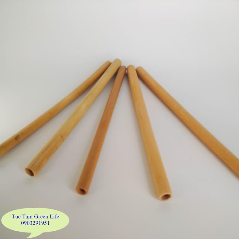 Ống hút làm từ tre