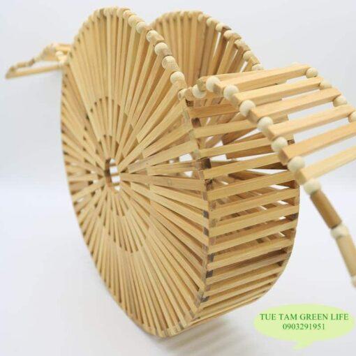 Túi xách làm từ tre