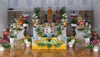 Công đức tắm Phật